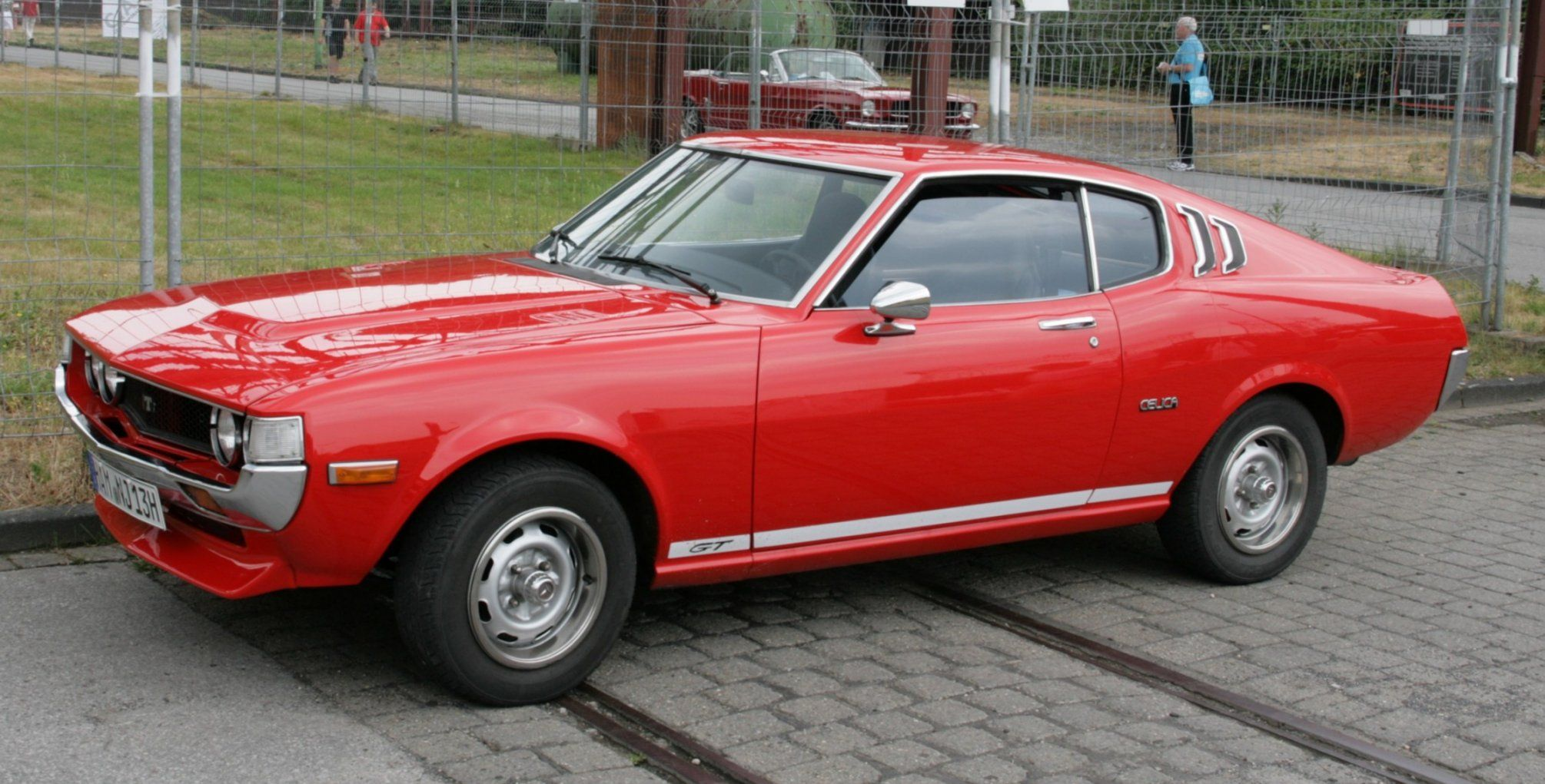 toyota celica 2000 gt liftback only cars and cars. Black Bedroom Furniture Sets. Home Design Ideas